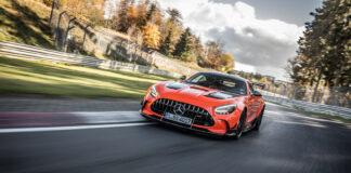 Dette er rett og slett verdens raskeste serieproduserte bil, Mercedes-AMG GT Black Series. (Fotos: Mercedes)