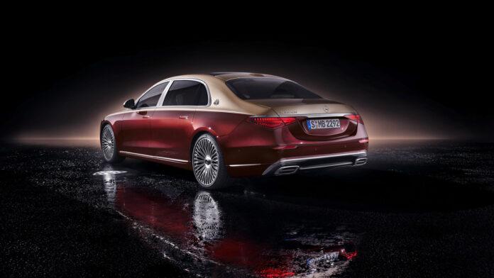 Mercedes har klar en ny utgave av Maybach S-klasse, og champagnekorkene sprettes nok rundt på direktørkontorene nå. (Fotos: Mercedes)