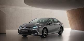 Toyota fornyer allerede nå Camry, som kom så sent som i fjor. (Fotos: Toyota)
