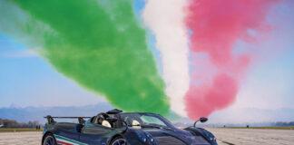 Pagani hyller nå et av de tøffeste akrobatlagene verden kjenner, nemlig Frecce Tricolors. (Fotos: Pagani)