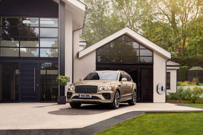 Bentley har en ny versjon av den luksuriøse og elektrifiserte SUV-modellen Bentayga Hybrid. (Fotos: Bentley)
