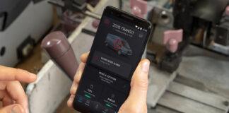 Ford har utviklet en app som gir beskjed til mobilen om noen åpner dørene. (Foto: Ford)