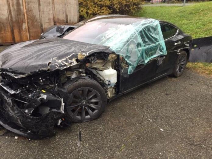 Det skjer dessverre kollisjoner med biler som er satt i automatiske moduser, og det kan blir en svindyr lærepenge. (Fotos: Fremtind)