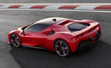 Færre søkte etter Ferrari i 2020 enn de som gjorde det i 2010, viser en ny undersøkelse. (Fotos: Ferrari)