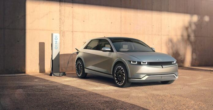 Hyundai presenterte den nye elbilmodellen Ioniq 5 i forrige uke, og interessen var enorm. (Fotos: Hyundai)