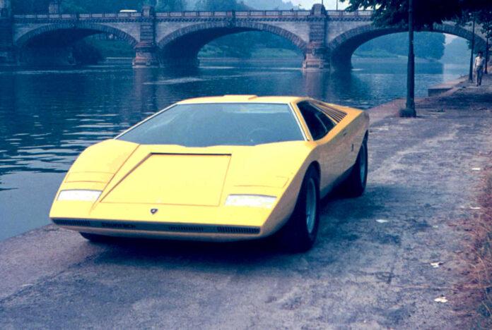 Det er nå akkurat 50 år siden en prototype av Lamborghini Countach stjal showet under Genève Motor Show. (Fotos: Lamborghini)