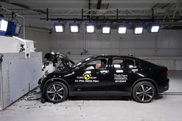 Polestar 2 imponerte under en fersk kollisjonstest, og hanket inn 5 stjerner. (Fotos: Euro NCAP)