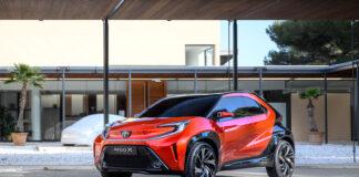 Toyota viser fram en tøff crossover-versjonen av Aygo kalt X prologue. (Fotos: Toyota)