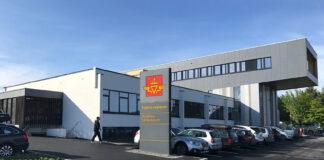 Statens vegvesen sier at de stadig opplever kandidater som møter opp til førerprøven selv om de er koronasmittet. (Fotos: Statens Vegvesen)
