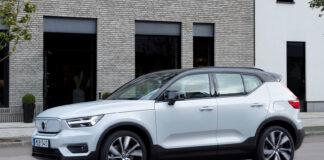 Volvo XC40 Recharge viser vei for en elektrisk framtid, og hjalp også til med å skyve Volvo fram som Norges mest foretrukne bilmerke i februar. (Fotos: Volvo)
