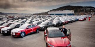 Det første skipet fullastet med Ford Mustang Mach-E har ankommet Drammen, og dermed er ventetiden snart over for mange kunder. (Fotos: Ford Norge)