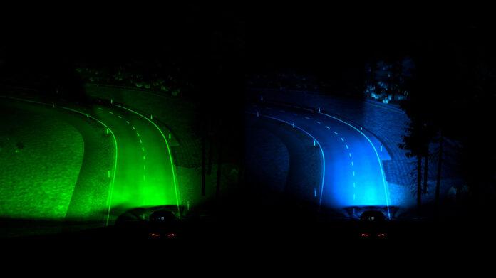 Ford viser ny teknologi som lyser opp svingen du kommer til, her vist på bildet til venstre. (Foto: Ford)