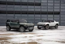 GMC kan ikke bare by på en Hummer EV som pivkup, men nå viser de også fram en SUV-modell av det helelektriske monsteret. (Fotos: GMC)