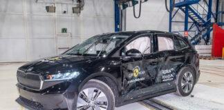 Skoda Enyaq satte like godt rekord når det kommer til å beskytte de som er inne i bilen under en ny kollisjonstest, og imponerte sammen med Volkswagen ID.4. (Fotos: Euro NCAP)