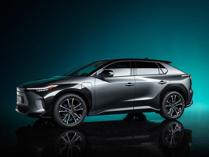 I forbindelse med Shanghai Auto Show har Toyota vist fram konseptet av sin første «ordentlige» elbil, bZ4X. (Fotos: Toyota)