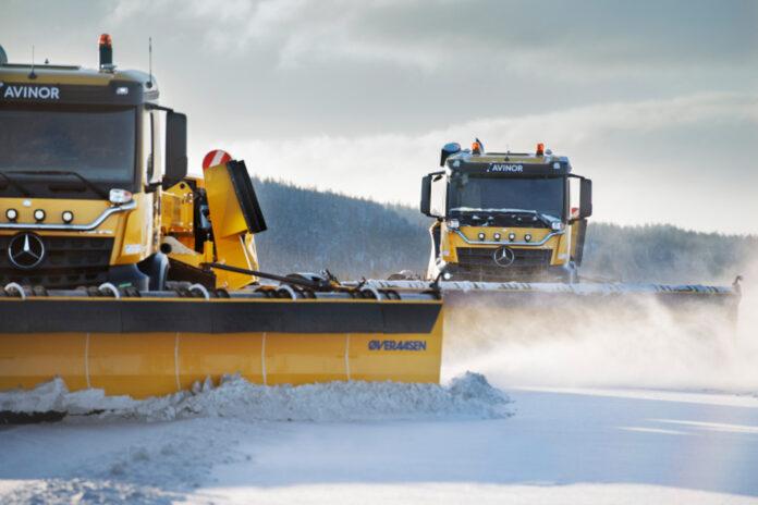 Avinor satser videre på selvkjørende brøytebiler, og har nå inngått en ny rammeavtale på 400 millioner kroner. (Fotos: Avinor)