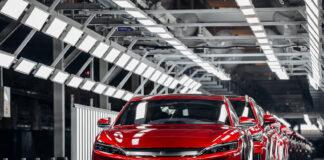 BYD har nå rundet én million ladbare biler, og det gjorde de med et eksemplar av Han-modellen som ble introdusert i fjor. (Fotos: BYD)