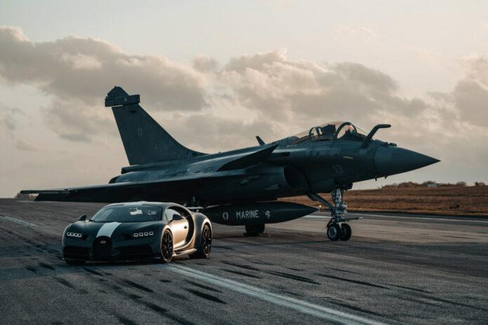 Bugatti Chiron Super Sport mot Rafale Marine. Hvem vil ikke se en slik duell? (Fotos: Bugatti)