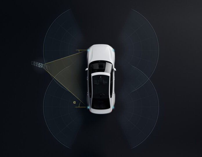 Polestar har nå klar en ny trådløs oppdatering til elbilen Polestar 2 som åpner for at mobilen fungerer som en nøkkel. (Fotos: Polestar)