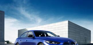 BMW i4 har fått en startpris på under en halv million kroner, og kommer til å begynne med i to versjoner. (Fotos: BMW)