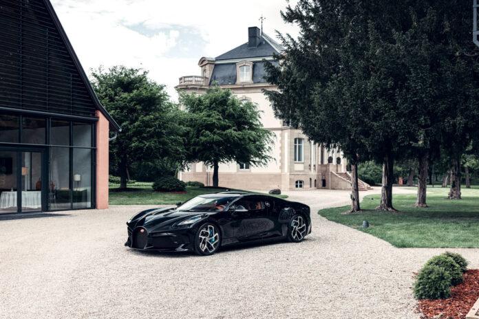 Her er verdens dyreste nybil, Bugatti La Voiture Noire som kun skal lages i ett eneste eksemplar. (Fotos: Bugatti)