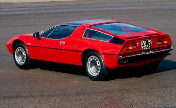 For 50 år siden presenterte Maserati denne sportsbilen under bilutstillingen i Genève. (Fotos: Maserati)