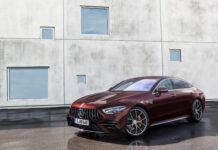 Mercedes-AMG kan friste med en enda litt nyere GT 4-dørs Coupé. (Fotos: Mercedes)