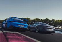 En ny Touring-pakke gjør sitt til at den store bakvingen til Porsche 911 GT3 blir gjemt bort. (Fotos: Porsche)