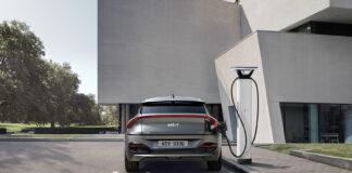 Rekkevidden til Kia EV6 med det store batteriet og bakhjulsdrift har spruttet opp med 18 kilometer. (Fotos: Kia)
