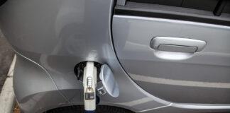 Regjeringen vil at alle bilene som kjøpes inn av det offentlige skal gå på strøm. (Foto: Olav Heggø, samferdselsdepartementet)