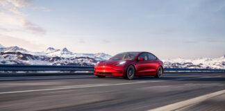 Hvor selvkjørende er egentlig de nye Tesla-modellene? (Foto: Tesla)