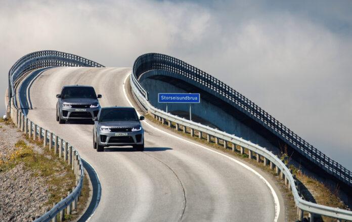 James Bond-filmen nærmer seg endelig premiere, og for første gang er også agent 007 i Norge. (Fotos: Land Rover)