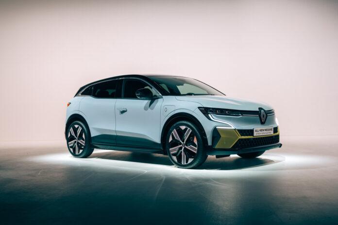 Den helelektriske Megane har hatt verdenspremiere, og blir etter alle solemerker en populær elbil nedover i Europa. (Fotos: Renault)