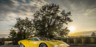 Her er Lamborghini Countach LP 500 tilbake på banen, 50 år siden den debuterte med et smell! (Fotos: Lamborghini)