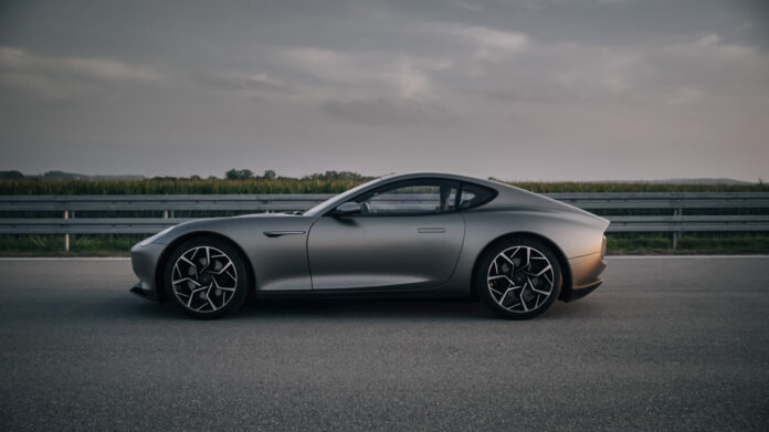 Piëch viser nå fram en ny prototype av den elektriske sportsbilen som debuterte for to og et halvt år siden. (Fotos: Piëch)