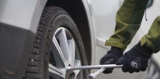 Vinteren er på tur, og da må også hjulene skiftes. (Foto: If)